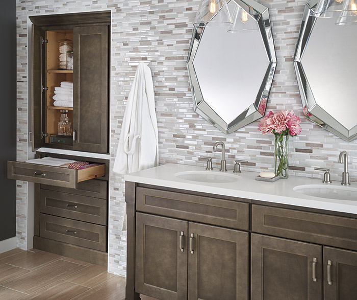 Shaker style bathroom cabinets in Hershing Maple Anchor