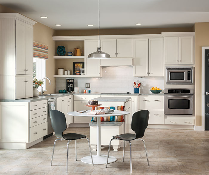 White Shaker Cabinets in a Casual Kitchen