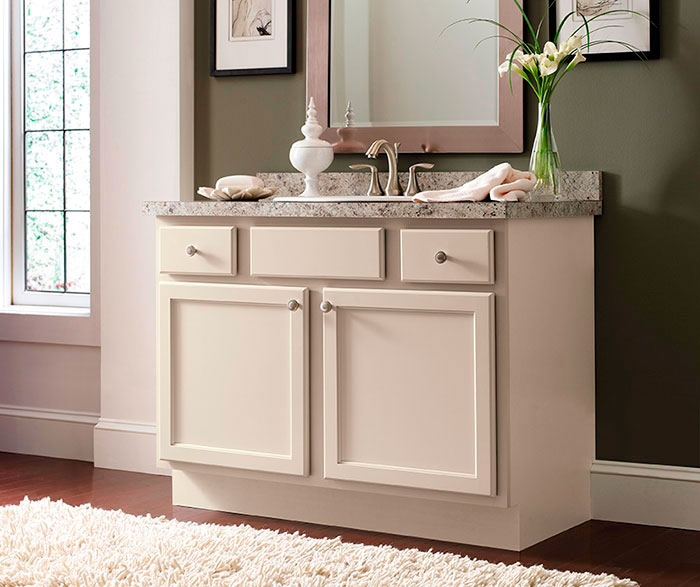 Shaker style bathroom vanity by Homecrest Cabinetry