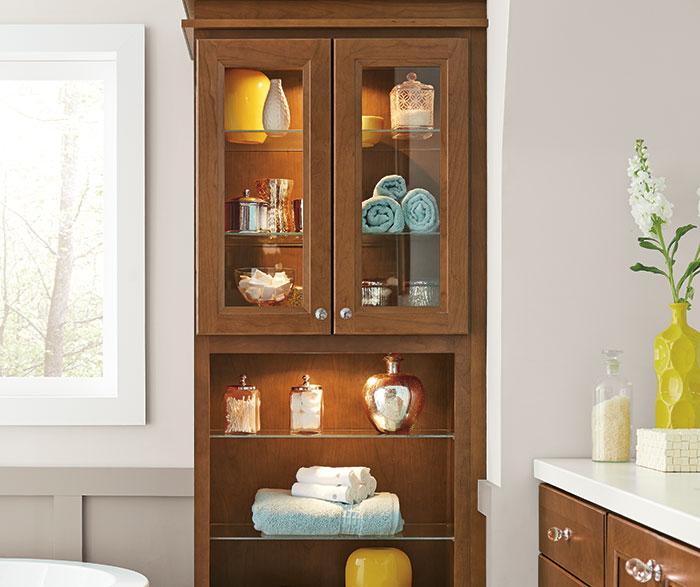 cherry_cabinets_casual_bathroom_2